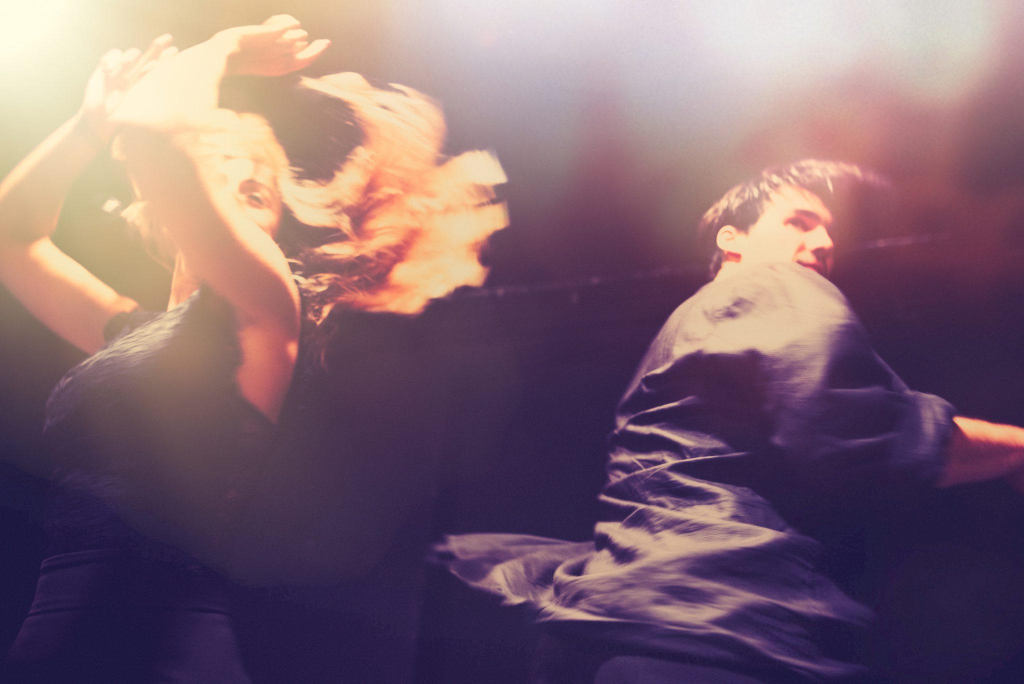 Kom og Dans